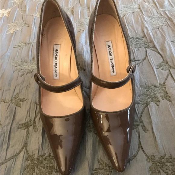 503ade2862dc5 Manolo Blahnik Shoes | Mary Jane Pumps Like New | Poshmark